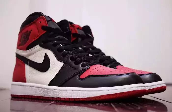 5 legendary Air Jordan 1 shoes that broke out in 2018! Earn when you buy it